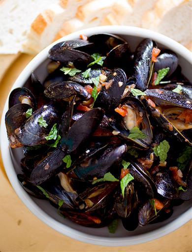 Pan Seared Mussels with Tomatoes, Chilies and Mint