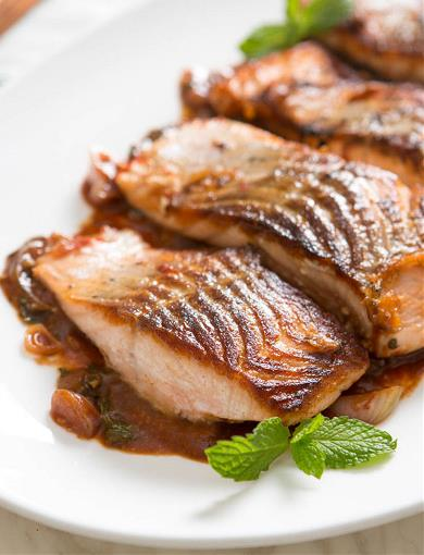 Braised Salmon with Miso and Tomato Sauce